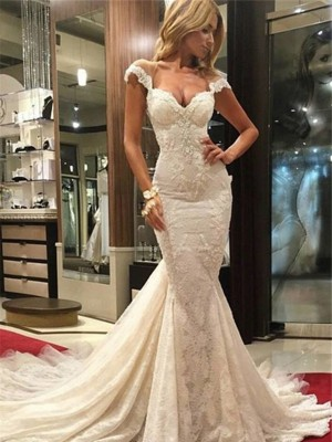 Trompeten-/Meerjungfrauenkleider V-Ausschnitt Pinselschleppe Ärmellos Brautkleid mit Spitze
