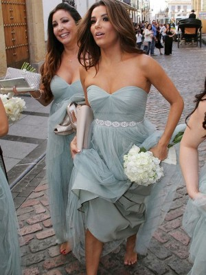 A-Linien-/Princess-Stil Herzausschnitt Tüll Bodenlang Ärmellos Brautjungfernkleid mit Perlenstickereien